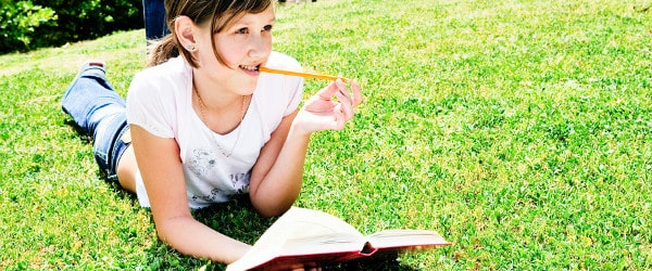 How Many Books Should Kids Read Over the Summer?