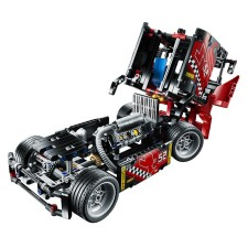 LEGO Technic Racing Truck