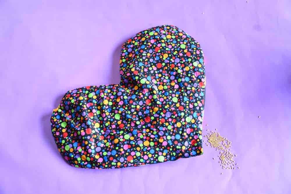 flaxseed warming aromatherapy heart pillow