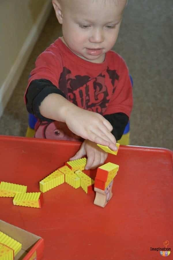 Awesome Stacking Game for Preschoolers: Cheese Stack