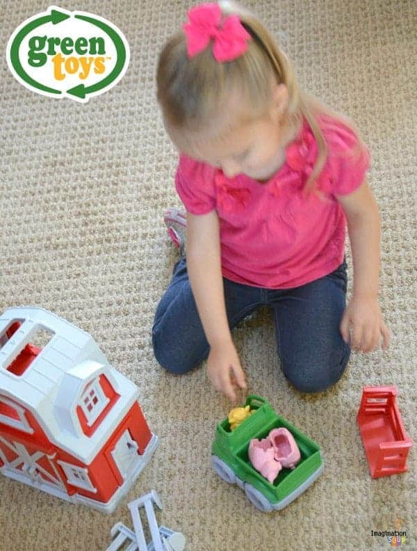 New!! Green Toys Farm Playset for hours of imaginative, open-ended play