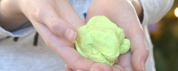 DIY Christmas Silly Putty