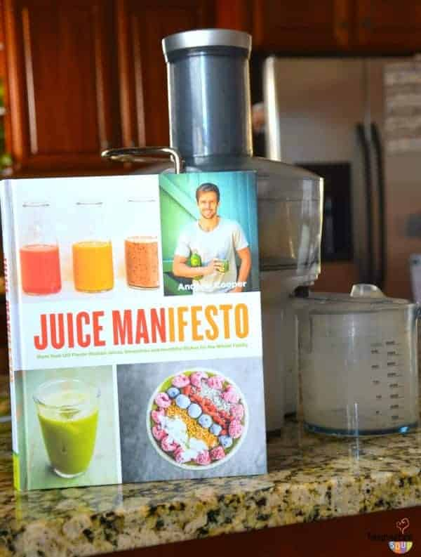 Get picky eaters to eat veggies with juicing and smoothies! Now we're trying the recipes from the new Juice Manifesto book.