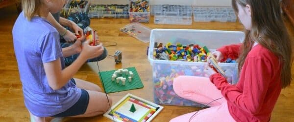 Big Hit For Kids: PlayWell LEGO Engineering Party