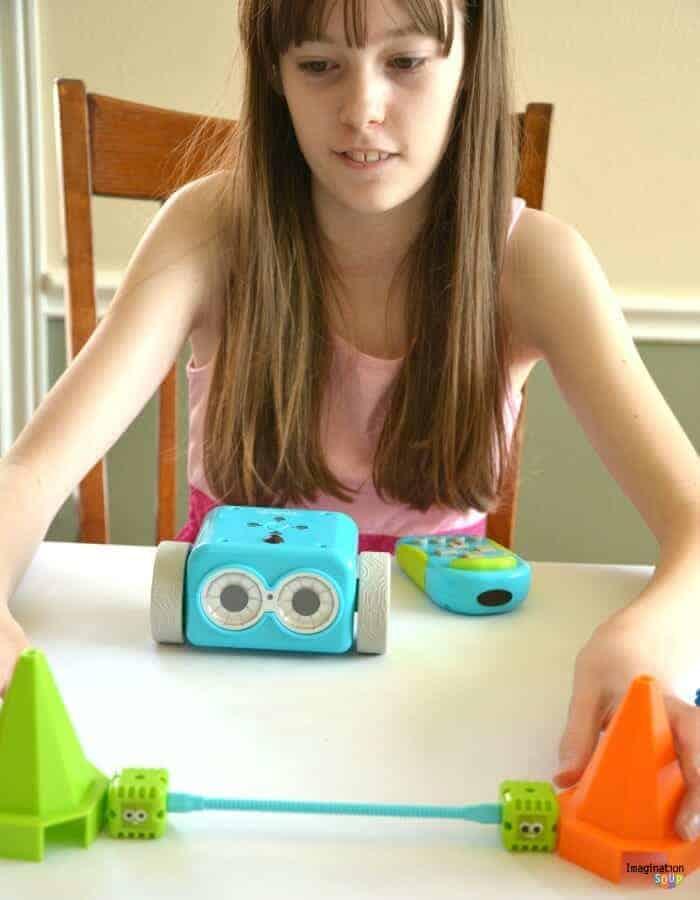 Meet Botley, An Adorable Coding Robot for Children 5+ #BOTLEY