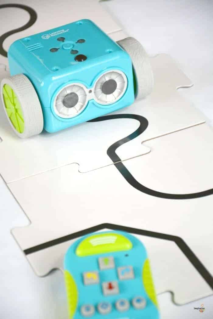 Meet Botley, An Adorable Coding Robot for Children 5+ #BOTLEY