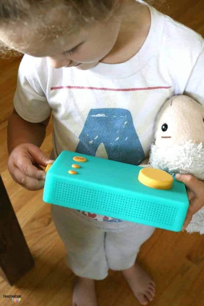 Develop Imagination and Literacy Through Storytelling with Lunii Storyteller