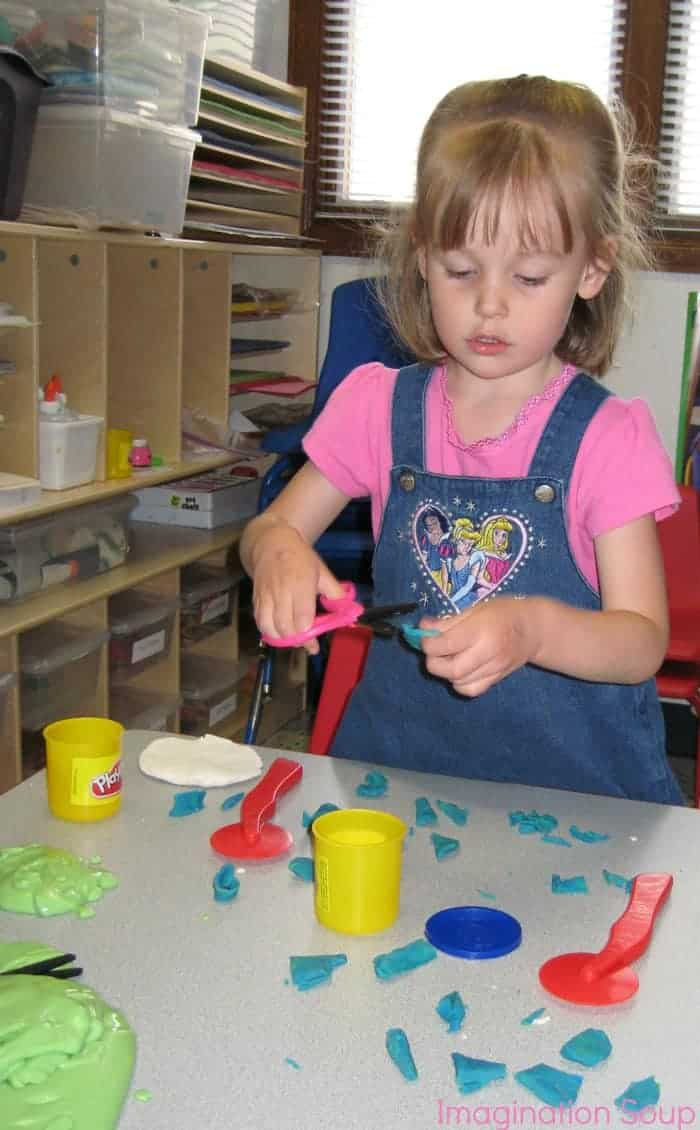 preschool play dough activity